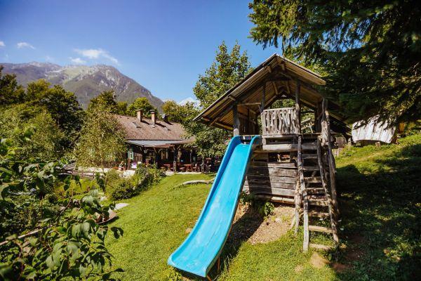 kraljev_hrib_kamniska_bistrica_restaurant_paintball_camping_hostel_rooms_0013A5FA08EE-387F-945B-3A6A-E90CF3A0A505.jpg
