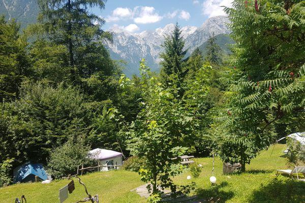 kraljev_hrib_kamniska_bistrica_restaurant_paintball_camping_hostel_rooms_00280BF73C28-BABB-669E-AFB7-1E4055A8FF42.jpg