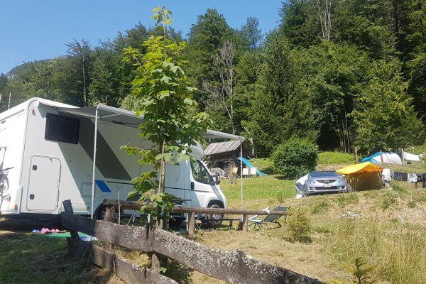 kraljev_hrib_kamniska_bistrica_restaurant_paintball_camping_hostel_rooms_0043D9CADF48-9799-EF04-53C5-A525EA3B0E20.jpg