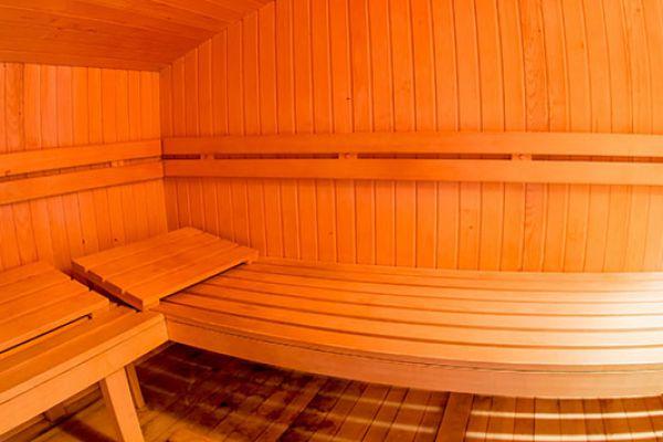 kraljev_hrib_paintball_hostel_rooms_camping_slovenia_001380DE49DB-E098-BE01-B5EE-D4C249BC0452.jpg