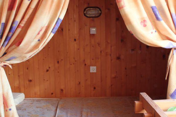 kraljev_hrib_paintball_hostel_rooms_camping_slovenia_0013a7C31A55F-EB90-00FB-A5D9-1D9D6BD488CB.jpg