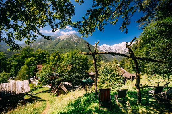 kraljev_hrib_kamniska_bistrica_restaurant_paintball_camping_hostel_rooms_0016C8E48187-3AF5-1B47-8B13-61D3901346A4.jpg