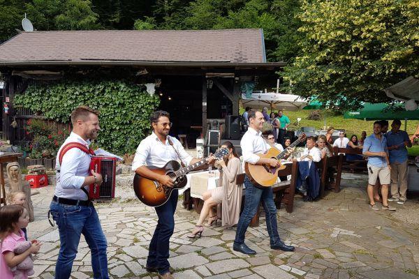 kraljev_hrib_kamniska_bistrica_restaurant_paintball_camping_hostel_rooms_0090DF4B3788-0AF6-769D-5FBF-44BBEBAAC68B.jpg