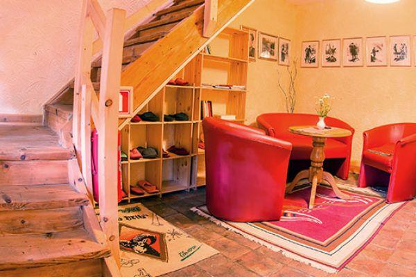 kraljev_hrib_paintball_hostel_rooms_camping_slovenia_001522F0AE81-A06A-6B31-C20D-1461338EE7FB.jpg